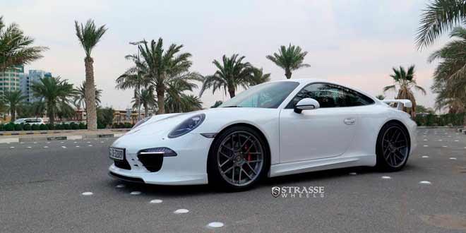Новая Porsche 911 Carrera GTS на дисках Strasse Wheels | фото