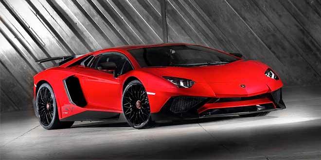 Lamborghini показала экстремальный Aventador SV | фото