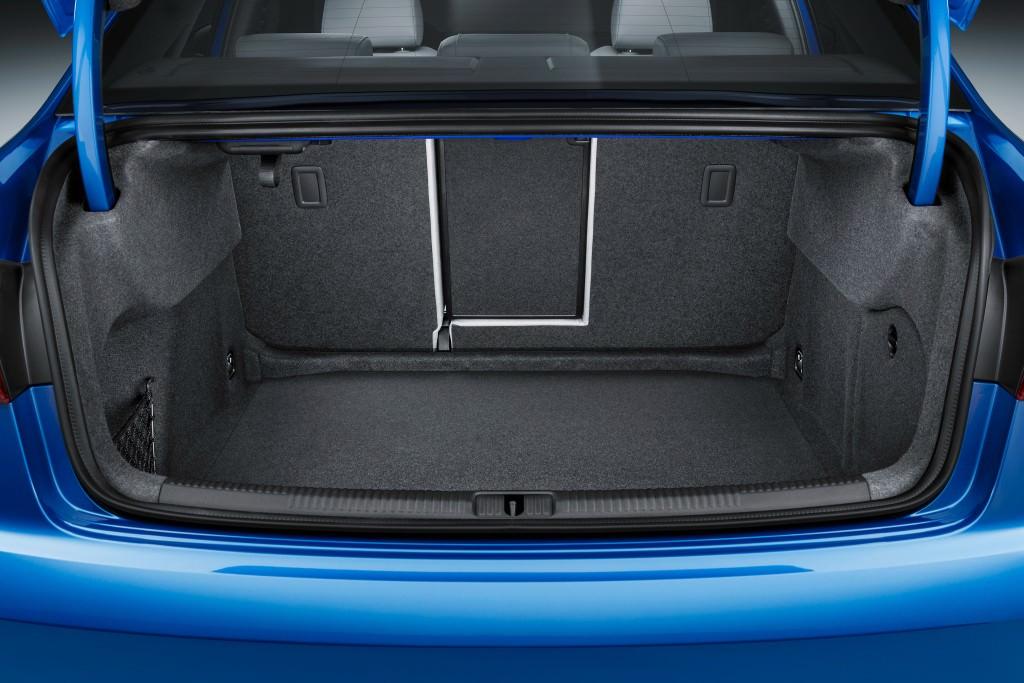 Багажник Audi A3 Sedan 2017