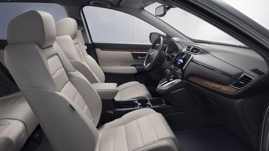 Салон новой Honda CR-V 2017