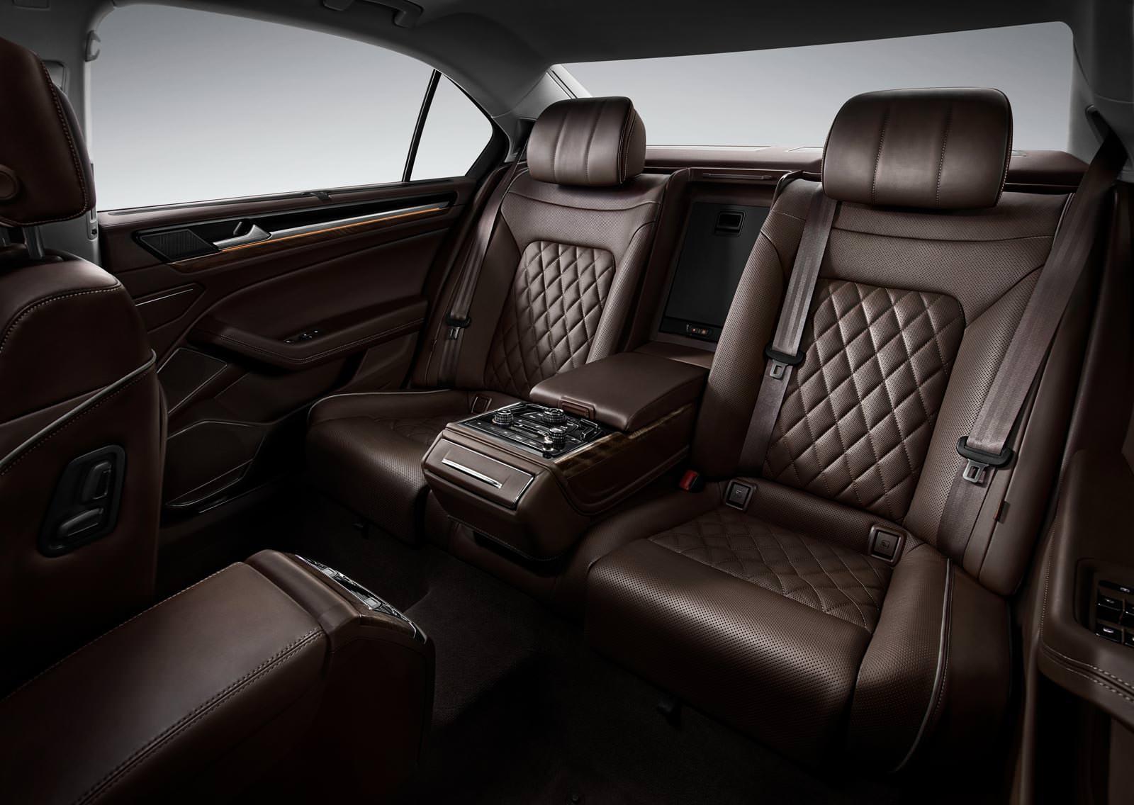 Интерьер Volkswagen Phideon