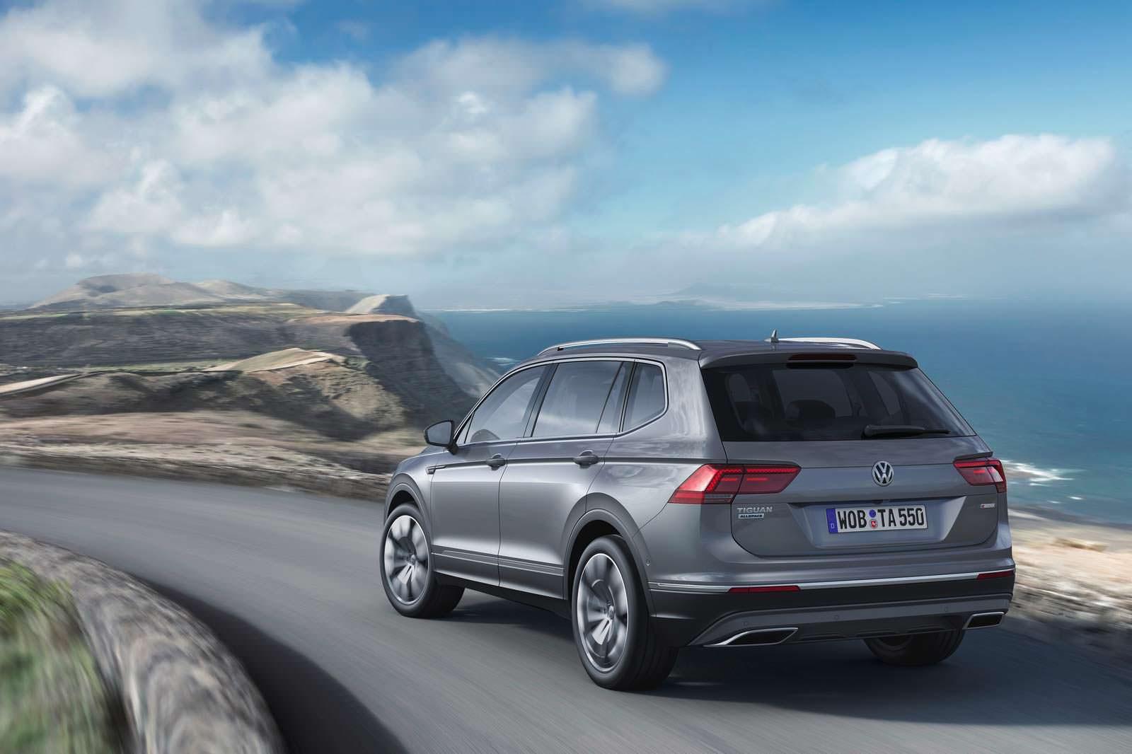 Семиместный Volkswagen Tiguan Allspace 2017