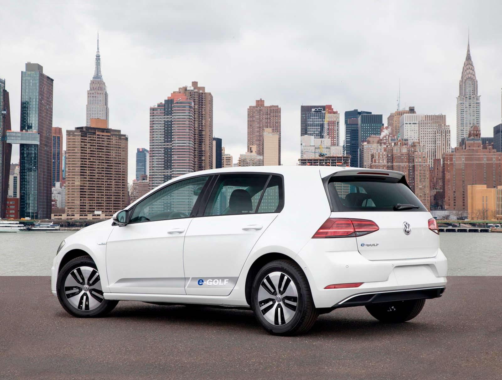 Фото | Электрокар Volkswagen e-Golf 2018 для Америки