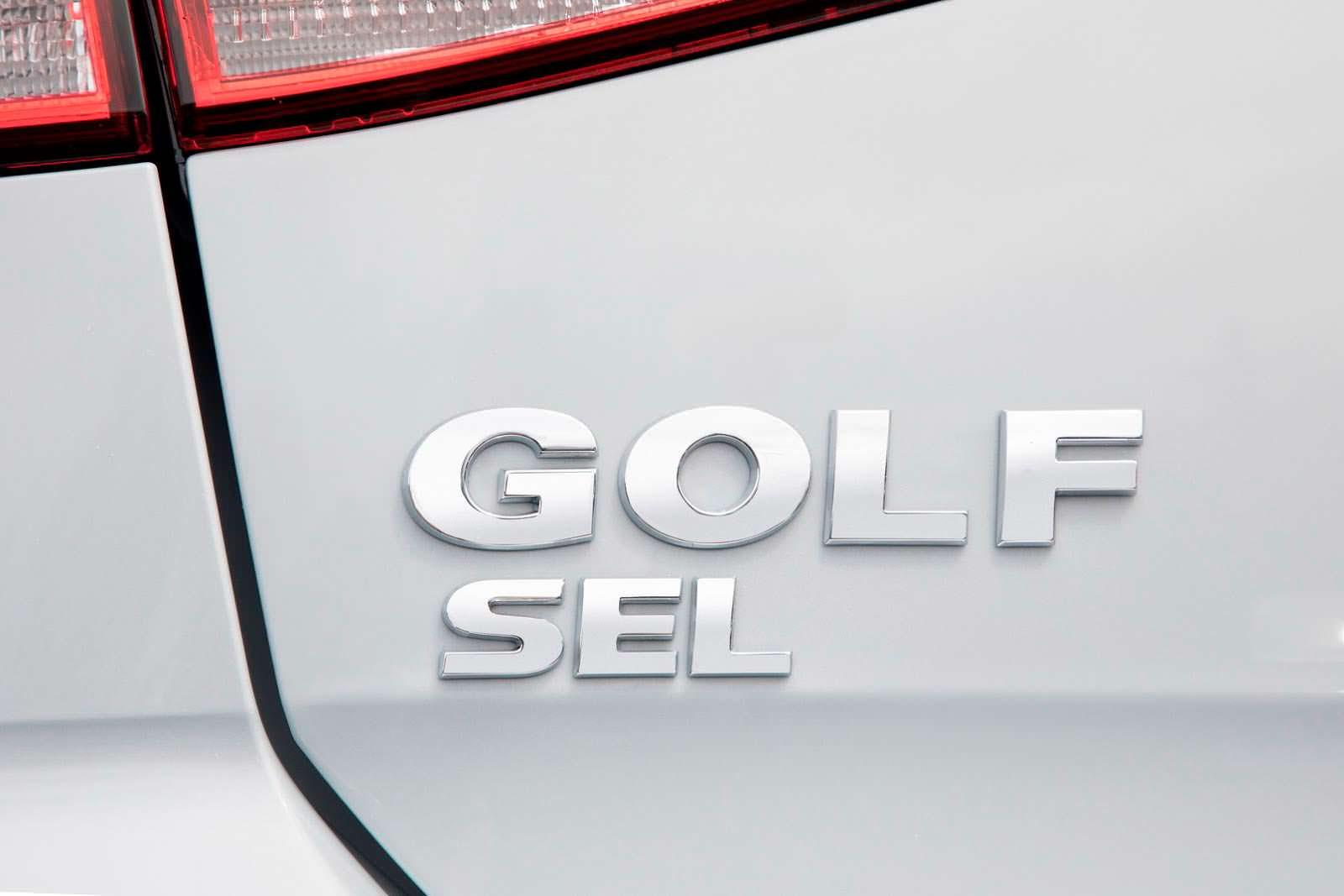 Фото | Надпись Volkswagen Golf SEL для рынка США