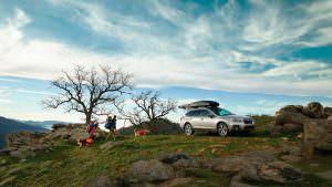 Фото   Subaru Outback с багажником на крыше