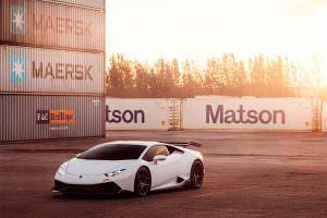 Фото   Тюнингованный суперкар Lamborghini Huracan от 1016 Industries