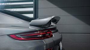 Фиксированный спойлер на крышке багажника Porsche Panamera