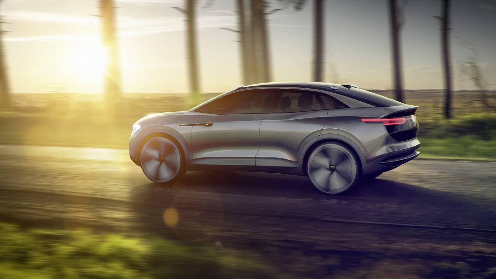 Кроссовер с автопилотом Volkswagen I.D. Crozz Concept 2017