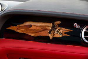Парящий сокол. Рисунок из дерева от Mulliner