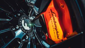 Оранжевые суппорты Lamborghini Huracan