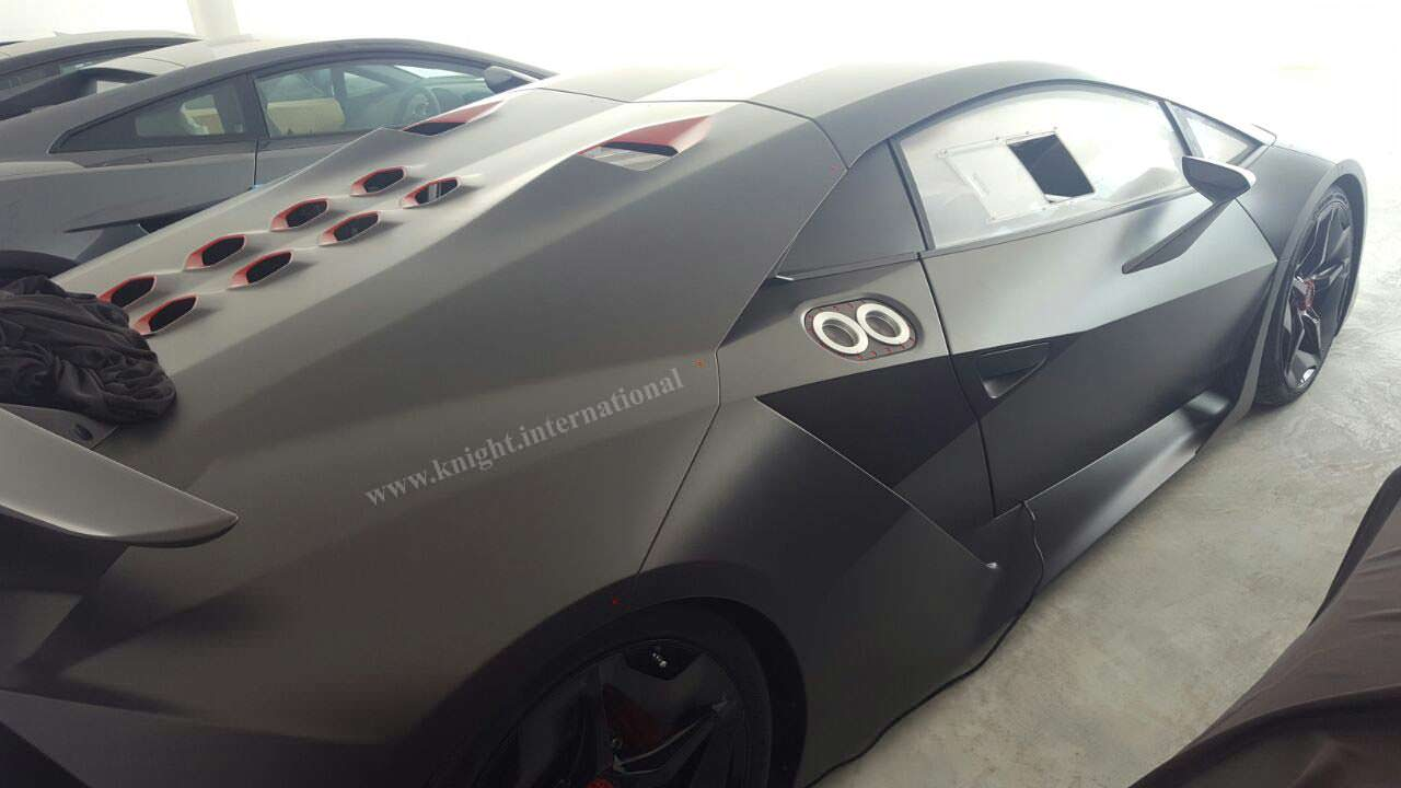 Карбоновый Lamborghini Sesto Elemento