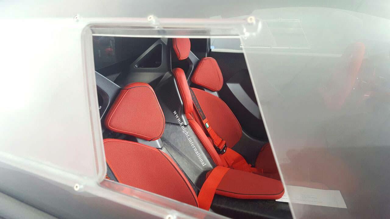 Спортивные сиденья Lamborghini Sesto Elemento 2014 года