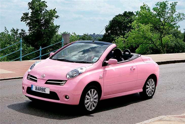 Розовый Nissan Barbie