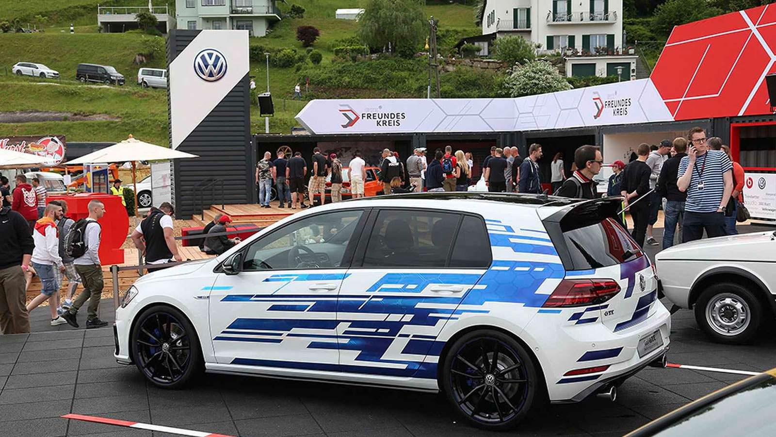 Гибрид Volkswagen Golf GTE Concept для фестиваля Wortersee