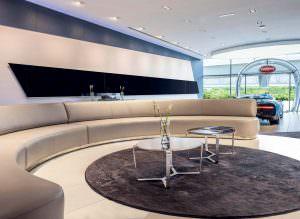 Крупнейший салон Bugatti в Дубае, ОАЭ