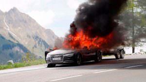 Прототип Audi A7 Sportback 2019 в огне