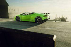 Родстер Lamborghini Huracan Spyder N-Largo