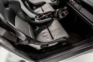 Кожаные сиденья Porsche 911 Carrera RS 3.8 1995 года