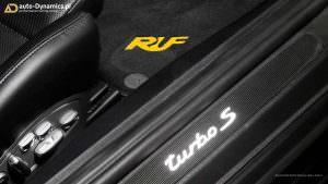 Porsche 911 Turbo S: напольные коврики RUF