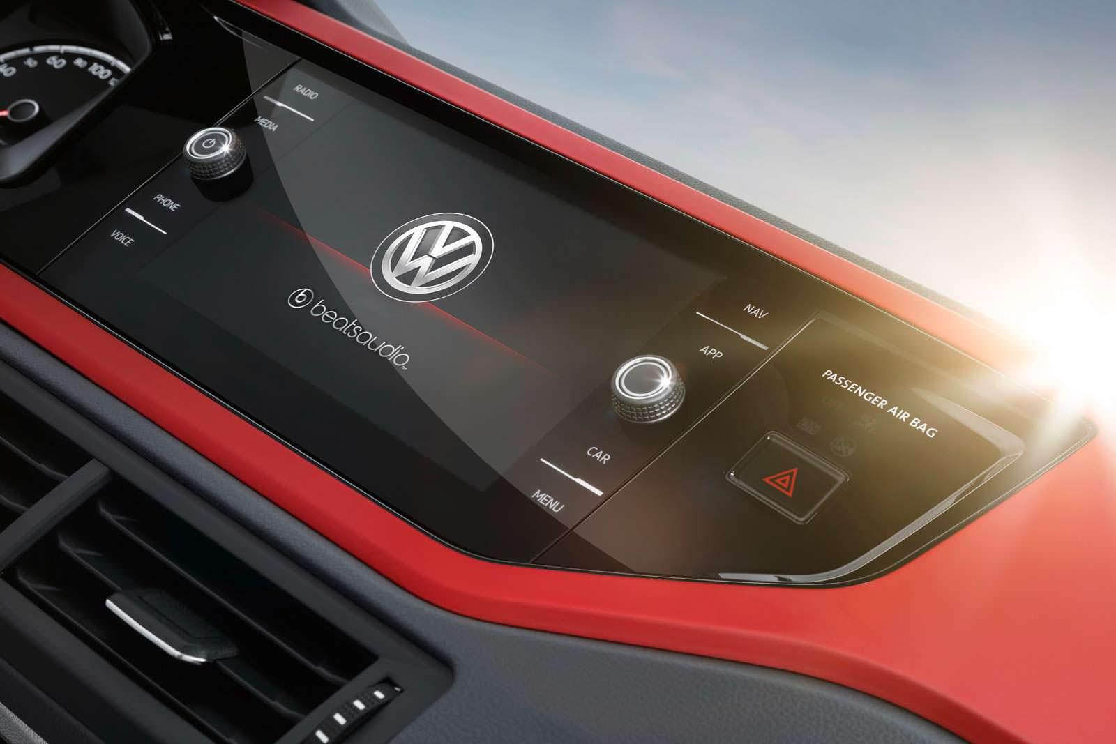Цифровой дисплей VW Polo GTI. 2018 модельный год
