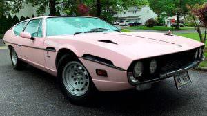 Розовая Lamborghini Espada 1974 года выпуска