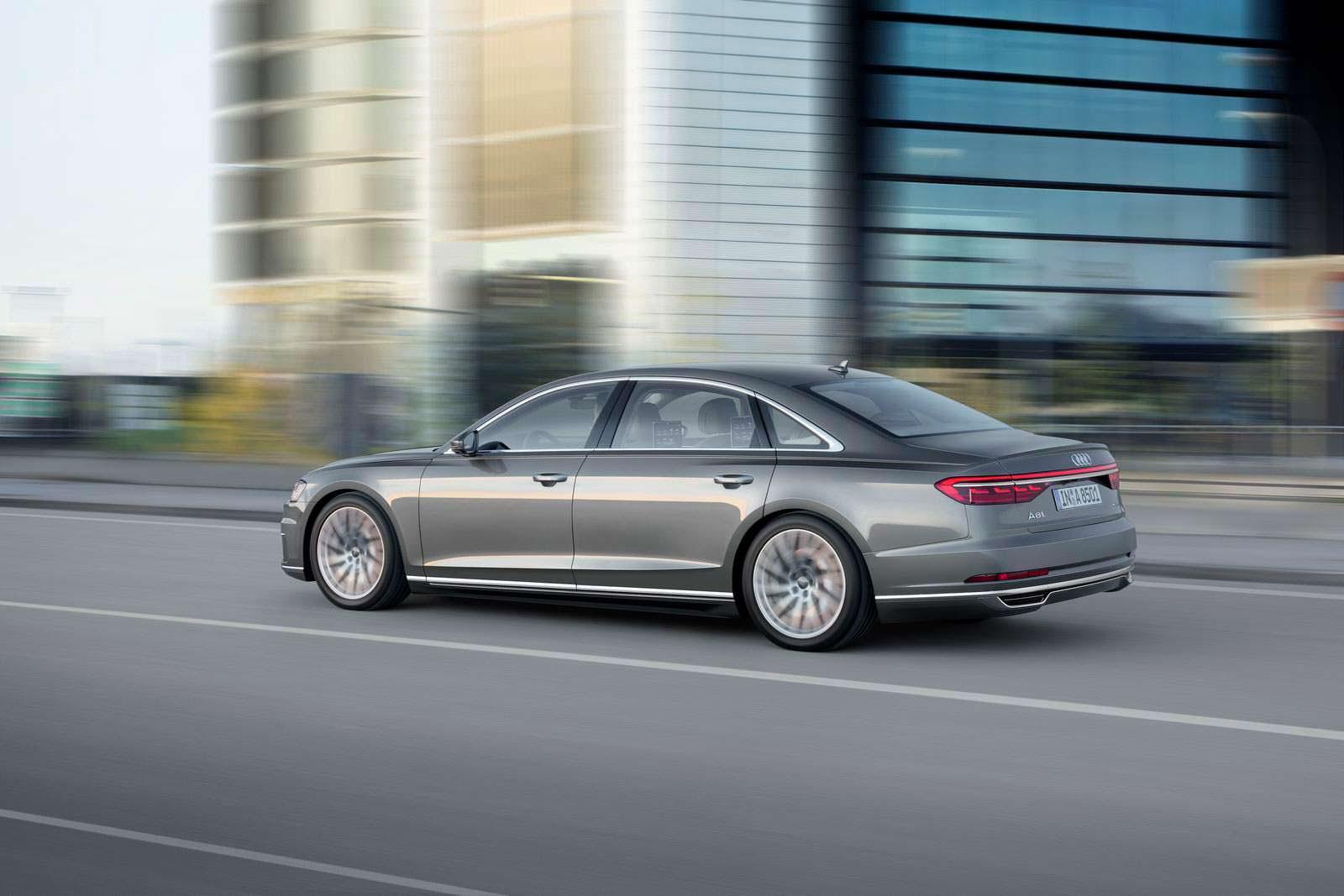 Удлиненный седан Audi A8 L нового поколения