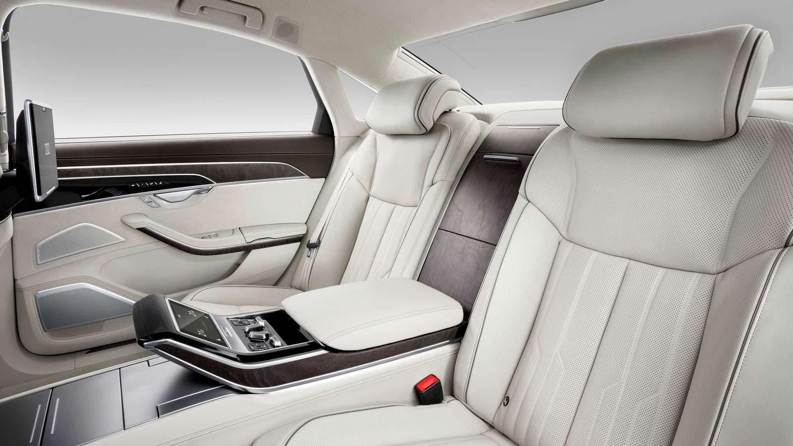 Сиденья с центральным подлокотником Audi A8 2018
