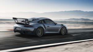 2018 Porsche 911 GT2 RS: вес 1470 кг