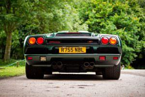 Вид сзади Lamborghini Diablo SV