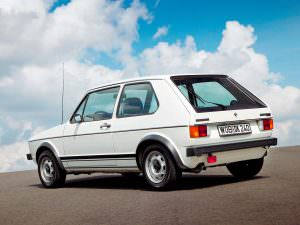 Volkswagen Golf GTI 1. Выпустили 420 000 единиц
