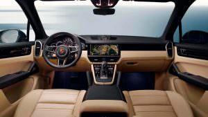 Фото салона Porsche Cayenne нового поколения