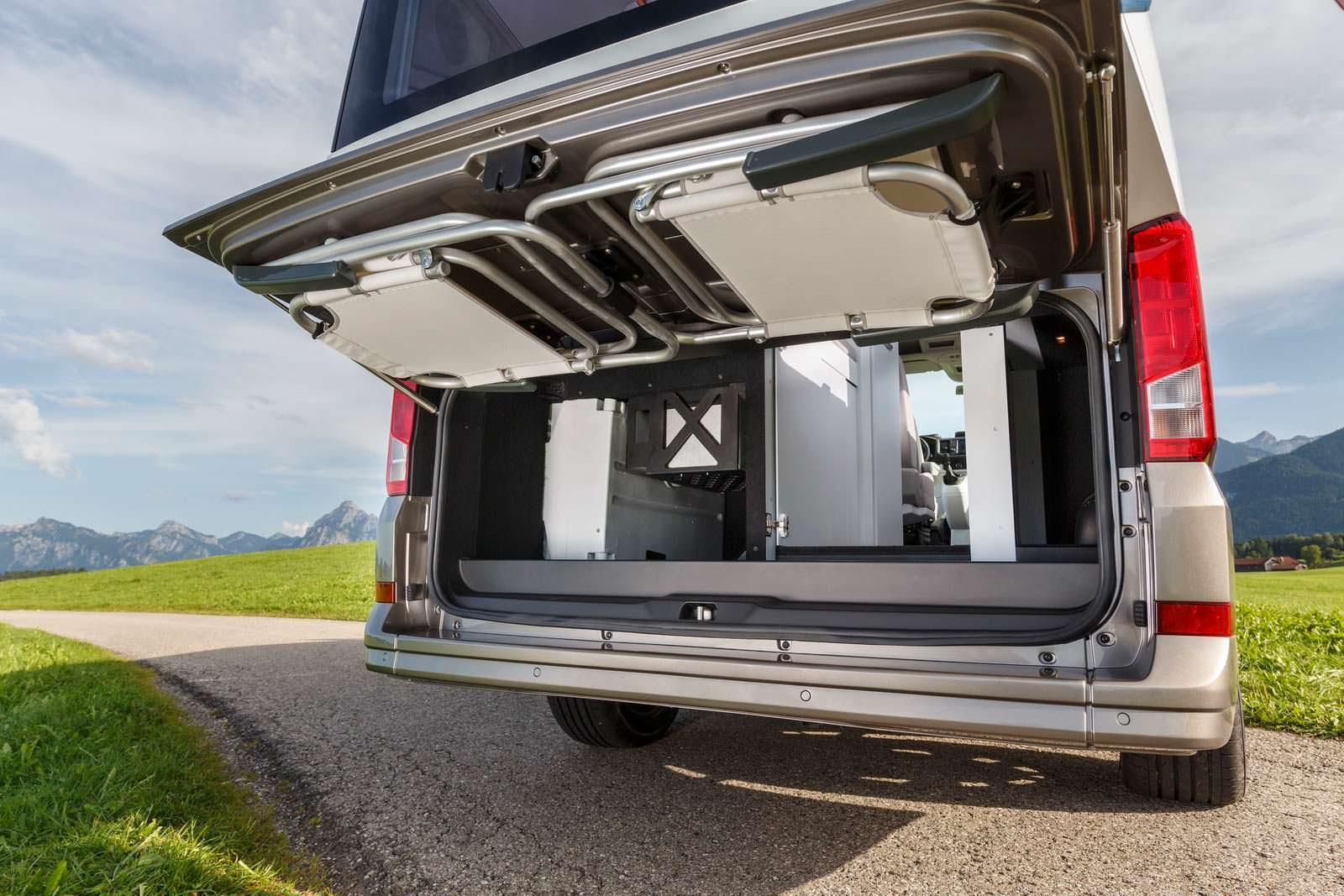 Багажник в кемпере VW California XXL