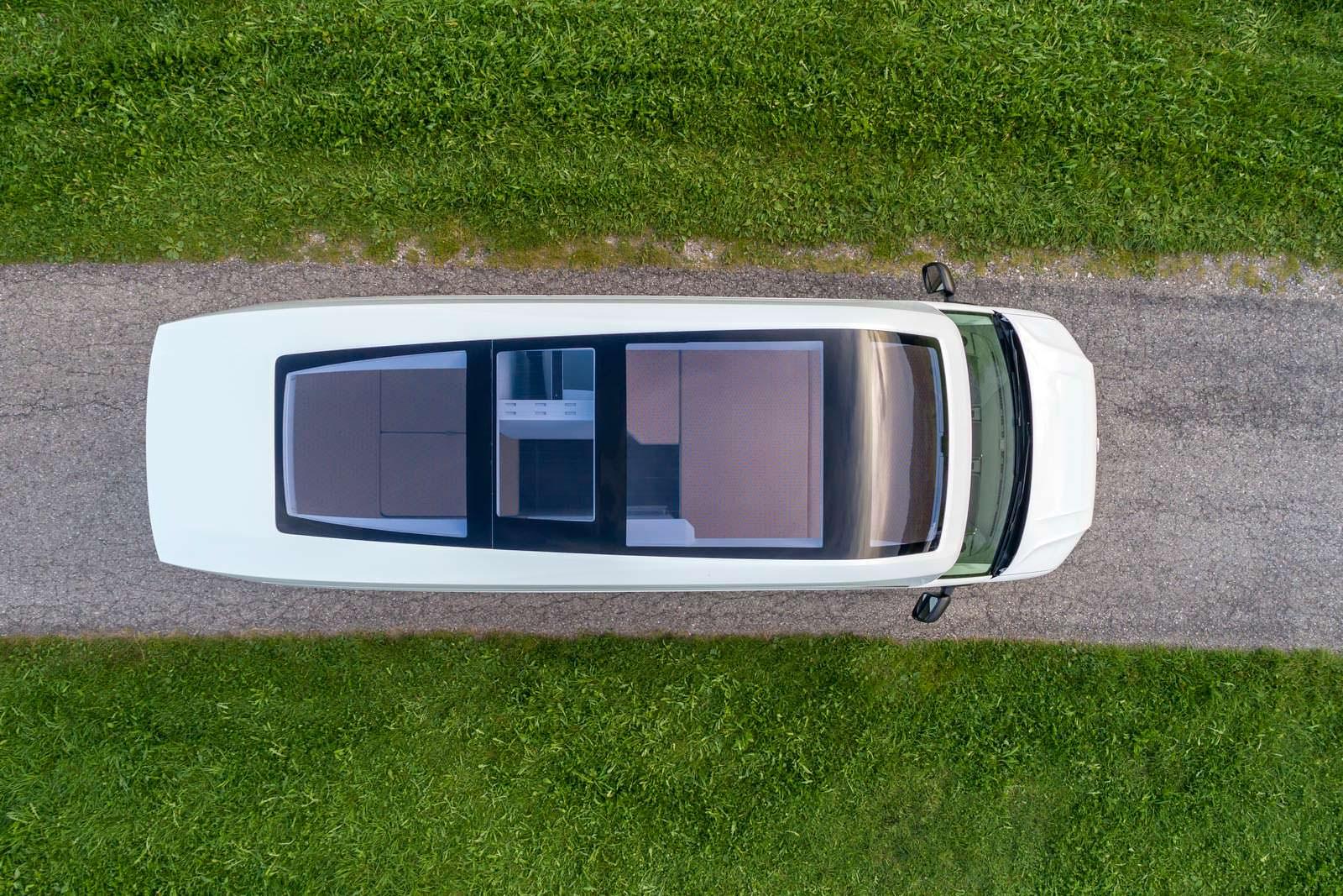 VW California XXL: кемпер с большой панорамной крышей