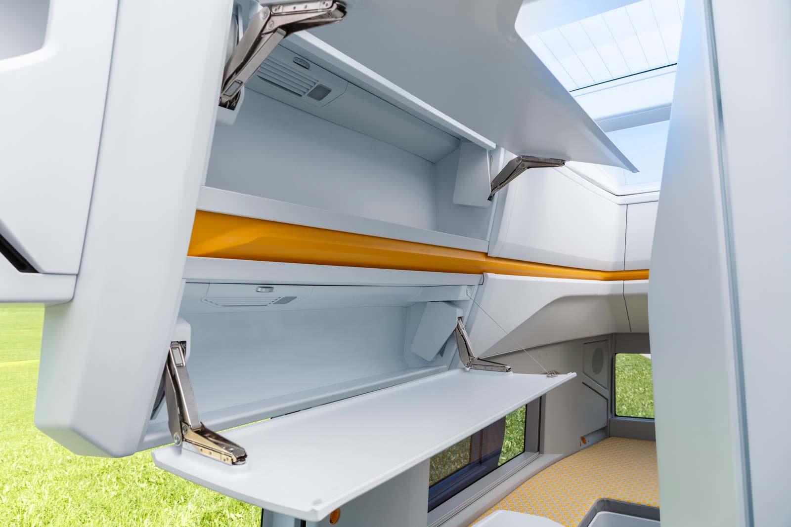VW California XXL: шкаф для хранения вещей в кемпере