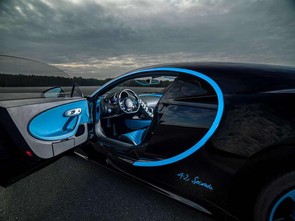 Салон Bugatti Chiron 42 Seconds