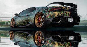 Золотые диски Brixton Forged на Lamborghini Huracan