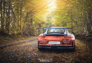 Ржавый суперкар Porsche 911 GT3 RS Gulf Racing