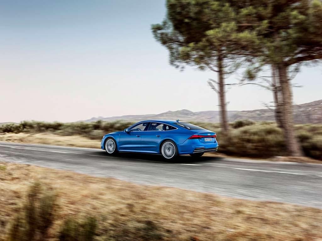 Хэтчбек Audi A7 S-Line нового поколения