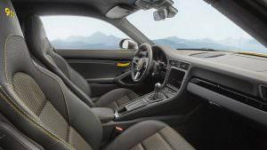 Салон 2018 Porsche 911 Carrera Touring
