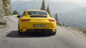 Облегченная Porsche 911 Carrera Touring