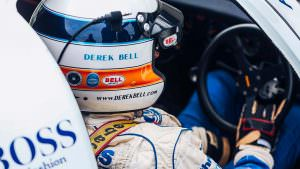 Porsche 911 Carrera 4 GTS British Legends Edition Дерек Белл