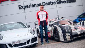 Ник Тэнди Porsche 911 Carrera 4 GTS British Legends Edition