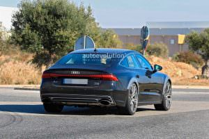 Шпионские фото Audi RS7 нового поколения