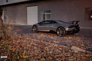 Новый Lamborghini Huracan Performante на дисках PUR RS22