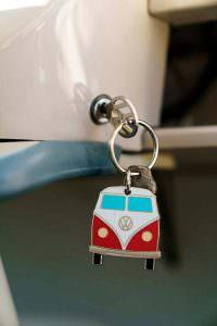 Ключ с брелком Volkswagen Microbus Deluxe 1960 года