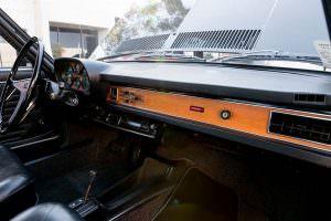 Деревянная приборная панель Audi 100 LS 1974 года выпуска