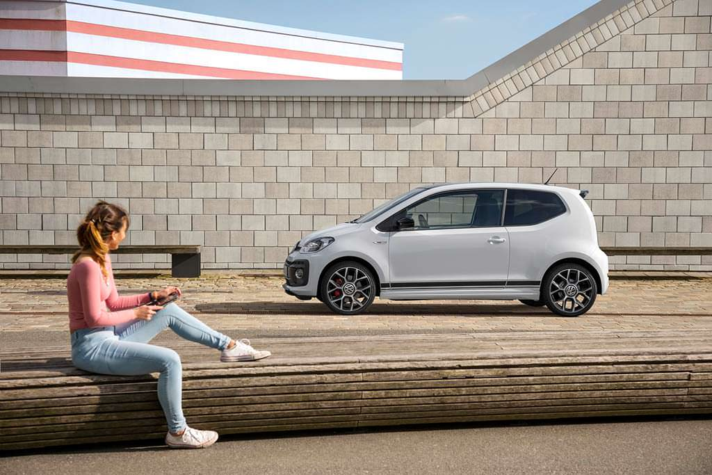 Хот-хэтч Volkswagen Up! GTI
