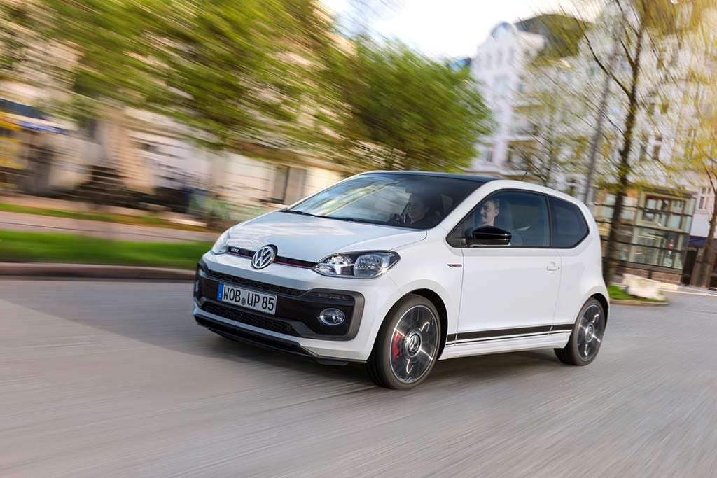 Маленький Volkswagen Up! GTI