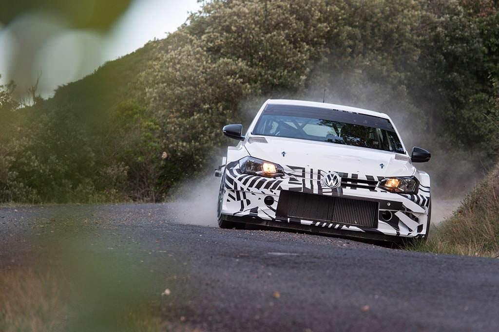 Раллийный Volkswagen Polo GTI R5 на испытаниях