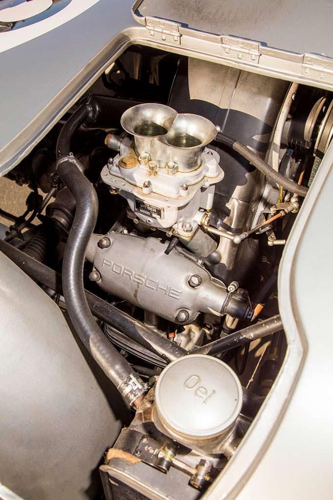 Двигатель 1,5-литра мощностью 110 л.с. в Porsche 550A Spyder